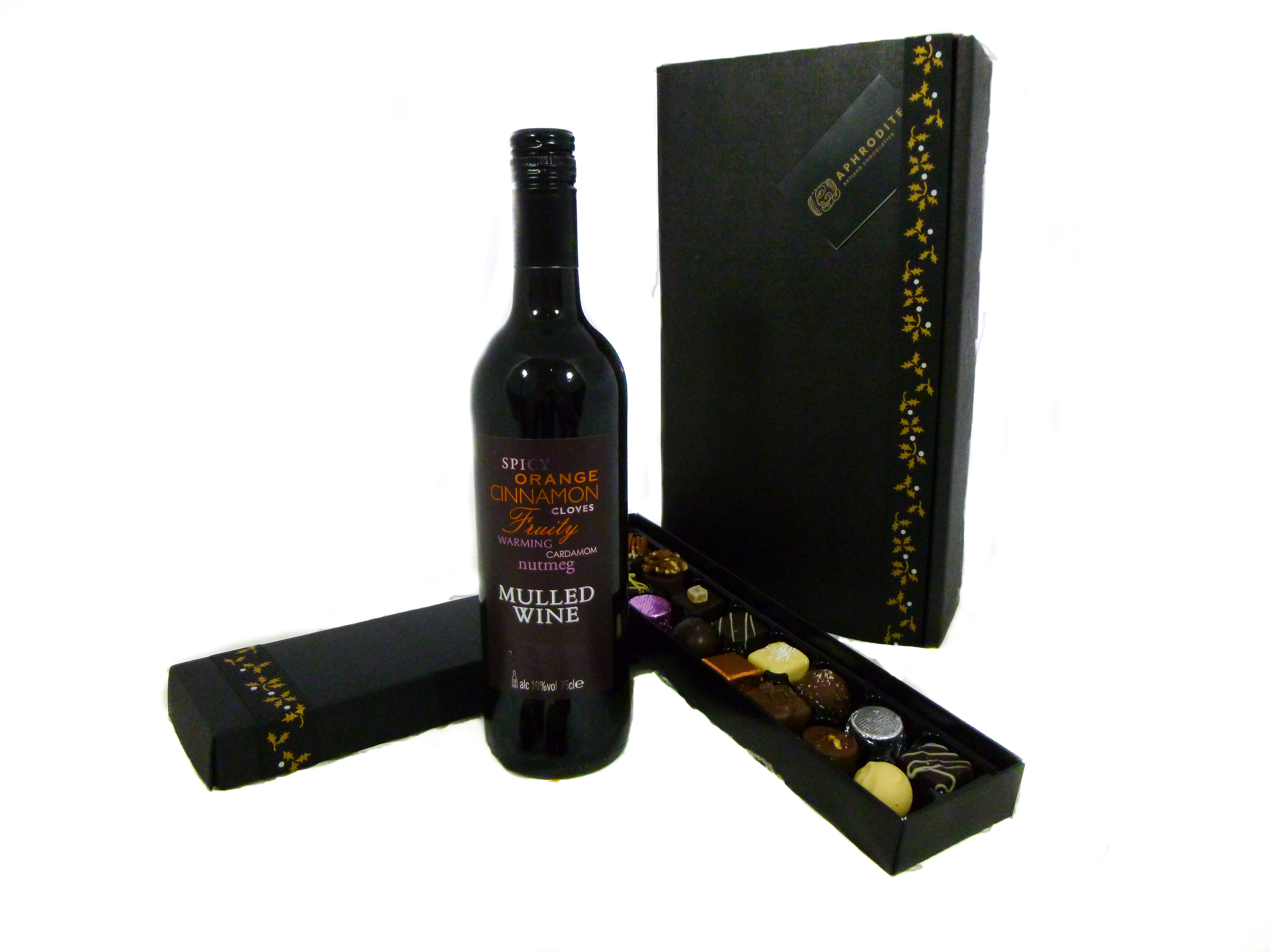 Mulled Wine And Chocolate Gift Box Holly